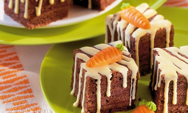 Шоколадови плодови пастички