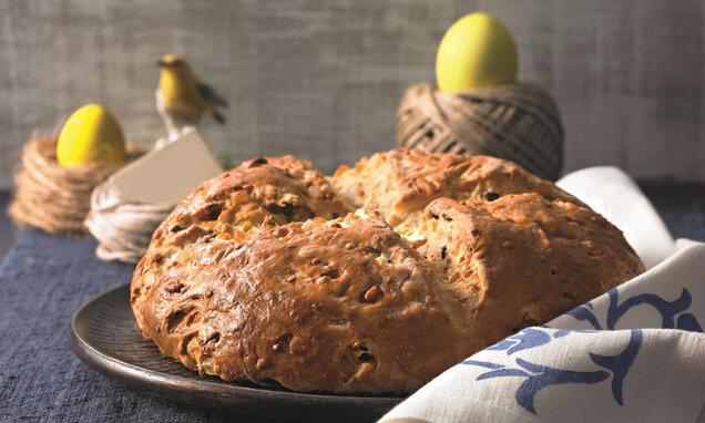 Сладък великденски хляб